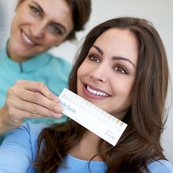 Сколько стоят виниры в стоматологии
